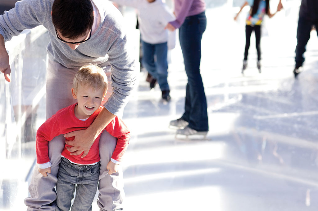 10----bigstock-Family-Ice-Skating-49847462-RESIZED